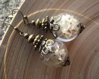 Beach Lilac earrings white flower glass hollow Bead 16 mm