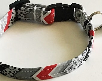 Black and Gray Chevron Cat Collar with Breakaway Buckle and Bell