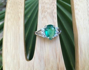 Emerald Green Sterling Silver Ring, Multi-stone Ring, Vintage Jewelry Cubic Zirconium, Item #475104359