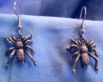 Tarantula Earrings, Surgical Steel Wires, Lead and Nickel Free, Handmade.