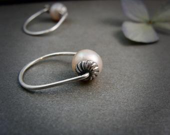 rose bud pearl hoops