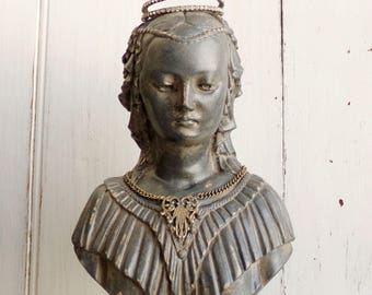 Vintage Victorian lady bust decor