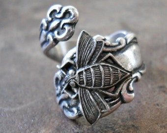 Bee Spoon Ring in Silver,*** The ORIGINAL Exclusive Design Only by Enchanted Lockets