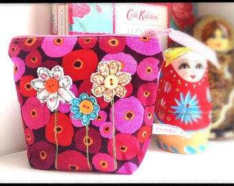 Zipper Make Up Bag with free motion embroidery