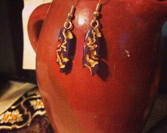 carved earrings, wood dyed and carved, gourd jewelry