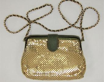 "Vintage 70's Gold Tone Metal Chainmail Mesh Shoulder Bag Purse 8"" W x 6"" H"