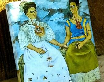 6oz Las Dos Fridas, Frida Kahlo flask....Arte Mexicano