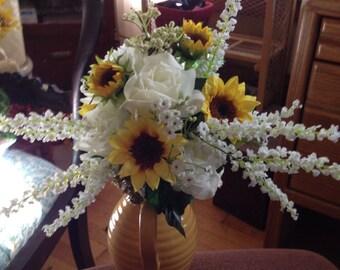 Bridal bouquet and boutonnière