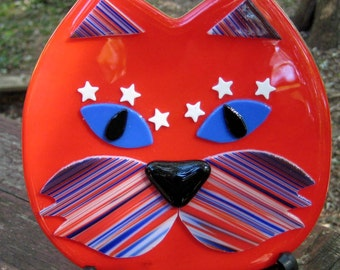 Red Fused Glass Cat Wall Hanging, Red All American Kitty Cat Fused Glass Wall Art - USA Wall Art, Glass Cat Plate, Fused Glass Plate