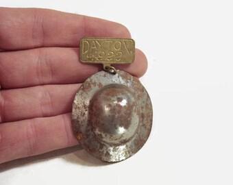 WWI Doughboy Helmet Pin Dayton 1922 Vintage Medal Pin