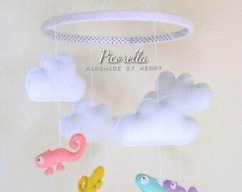 Chameleon Baby Mobile / Baby Crib Mobile/ Pastel Baby Mobile/ Felt Cloud, Chameleon/ Hanging Baby Decor