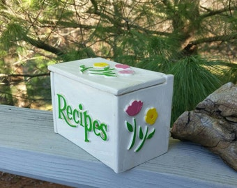 Recipe Box Whitewashed Faux Wood From FTD 1985