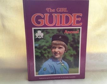 Vintage Girl Guide Annual 1979, childrens vintage book, excellent condition