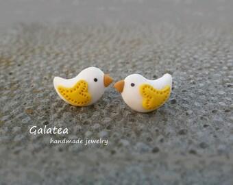 Love Bird earrings Little bird jewelry Easter Bird stud earrings Valentines jewelry Tiny Bird Heart earrings In Love earrings stuffer gift