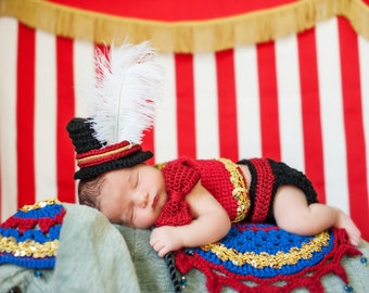 Newborn Baby Circus Crochet Pattern Instant Download, Ringmaster Outfit Costume, Photography Prop. Easy to follow crochet pattern.