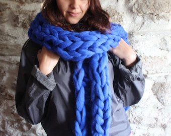 Chunky Knit Scarf. Blue Wool Scarf. Bulky scarf. Oversize Blue Scarf. Arm Knitted Scarf. Giant Chunky Scarf. Gift for Women. Christmas Gift