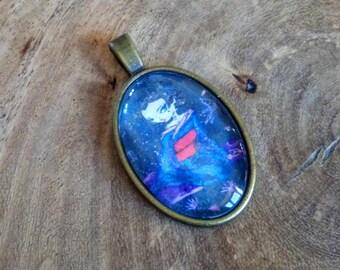 'Awakening of the spring' pendant (2)