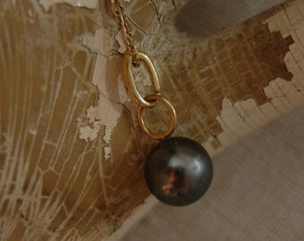 Shaye- Tahitian Pearl Pendant, Black Tahitian pearl, pendant necklace, gold, June birthstone, anniversary, gift for her, graduation, holiday