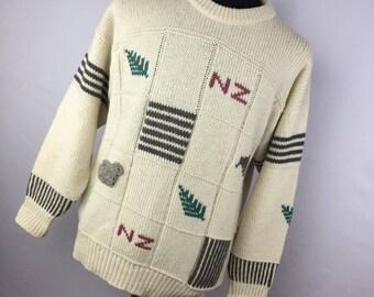 Vintage Wool Sweater Snowy Peak Of New Zealand 42 L Large Men's Crew Neck Tan Gray Leaf Sheep L/S C3