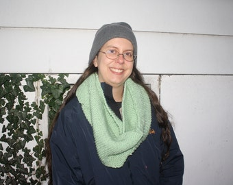 Women's Green Infinity scarf