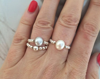 Freshwater Baroque Pearl Sterling Silver stretch ring with White or grey Pearl