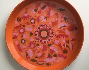 Vintage retro metal tray, pink flower pattern