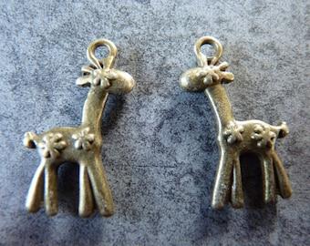 Cute giraffe metal bronze
