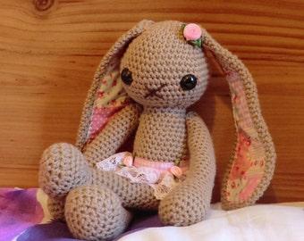 Lucy bunny Traditional amigurumi PDF crochet pattern