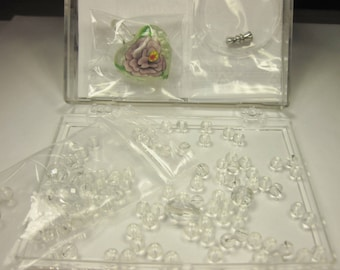 set of beads and glass jewel (68) accessories