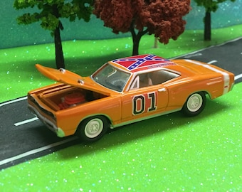 dukes of hazzard, general lee, 1969 dodge charger r/t se, 1/64 scale, custom, very detailed, #2009