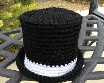 Crochet infant Top hat