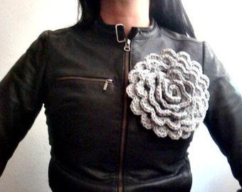 Crochet PATTERN Tutorial Large Flower, Crochet Pin Brooch Pattern, Flower Crochet Pattern