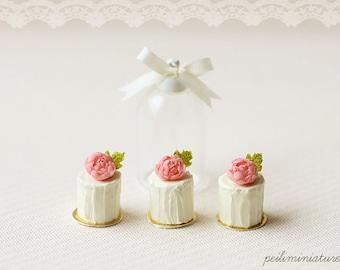 Dollhouse Miniature Food - Vanilla Rose Buttercream Mini Cakes
