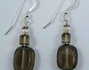 Smoky Quartz and Pearl Earrings (E99)