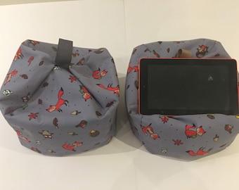 Fox & Owl - Tablet stand ipad cushion kindle holder Beanbag