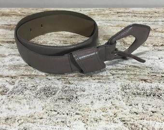 Liz Claiborne belt, Taupe Leather Belt, Faux Lizard Belt, Vegan Women's Belt, Fashion Belt