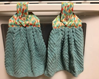 Hanging kitchen towel set