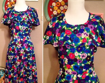 1960's retro floral mod groovy dress with capelet and flutter sleeves/ size small