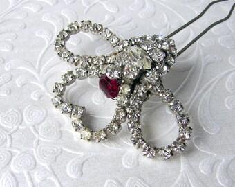 Heart Wedding Hair Comb Rhinestone Jeweled Hairpiece Red Bridal Hairpin Vintage Jewelry Headpiece Bohemian Boho Chic Valentines Gatsby Bride