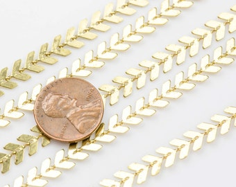 Feather Chevron Chain Brass. By THE YARD