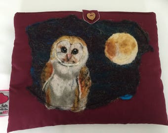 Luxury padded iPad case, featuring original artwork barn owl
