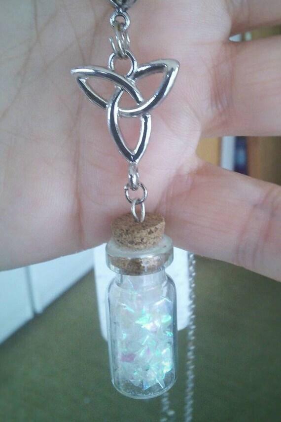 Celtic Knot Iridescent Sparkle Jar Necklace
