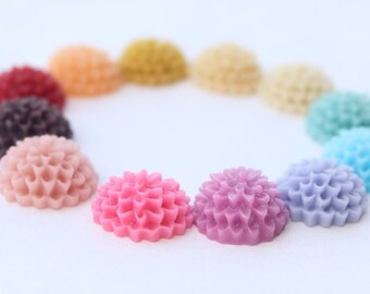 24 SMALL ROUND Mum Cabochons - 14mm- CHOOSE your Colors