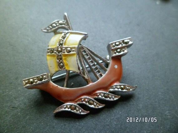Beautiful  vintage silvertone enamel marcasite galleon ship brooch