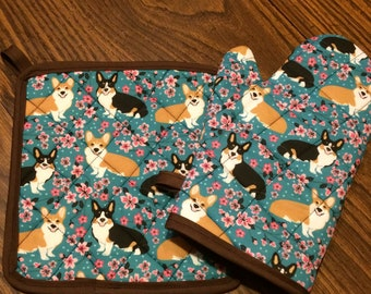 Floral corgi insulated / quilted oven mitt and pot holder set