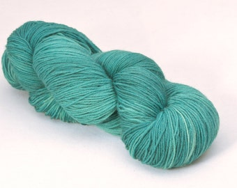 handdyed sockyarn superwash - wool/nylon mixture - fingering weight - colour s 143