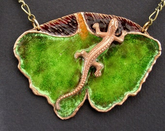 Lizard necklace, Gingko Leaf, Manufacture ,Art noveau, Real glass enamel, Bronze clay, Unique jewelry, Art deco, Miniature