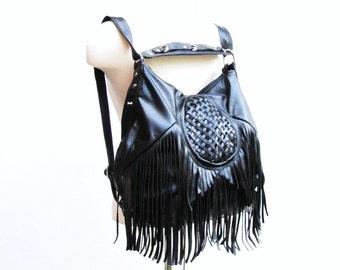 Black leather fringe bag, Large fringe bag, leather convertible backpack, leather messenger, leather shoulder purse, bohemian bucket bag,
