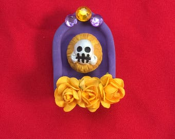 Purple catrina Shrine Magnet with yellow flowers