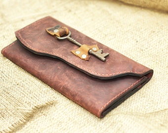 Ladies Leather Wallet - Boho Chic Extra Large Distressed Leather Checkbook Wallet with Skeleton Key Steampunk
